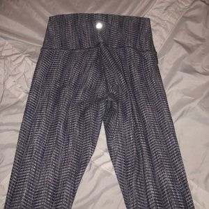 Lululemon Wunder Under 7/8 pants